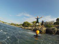 Coasteering: Equips a prova de mar
